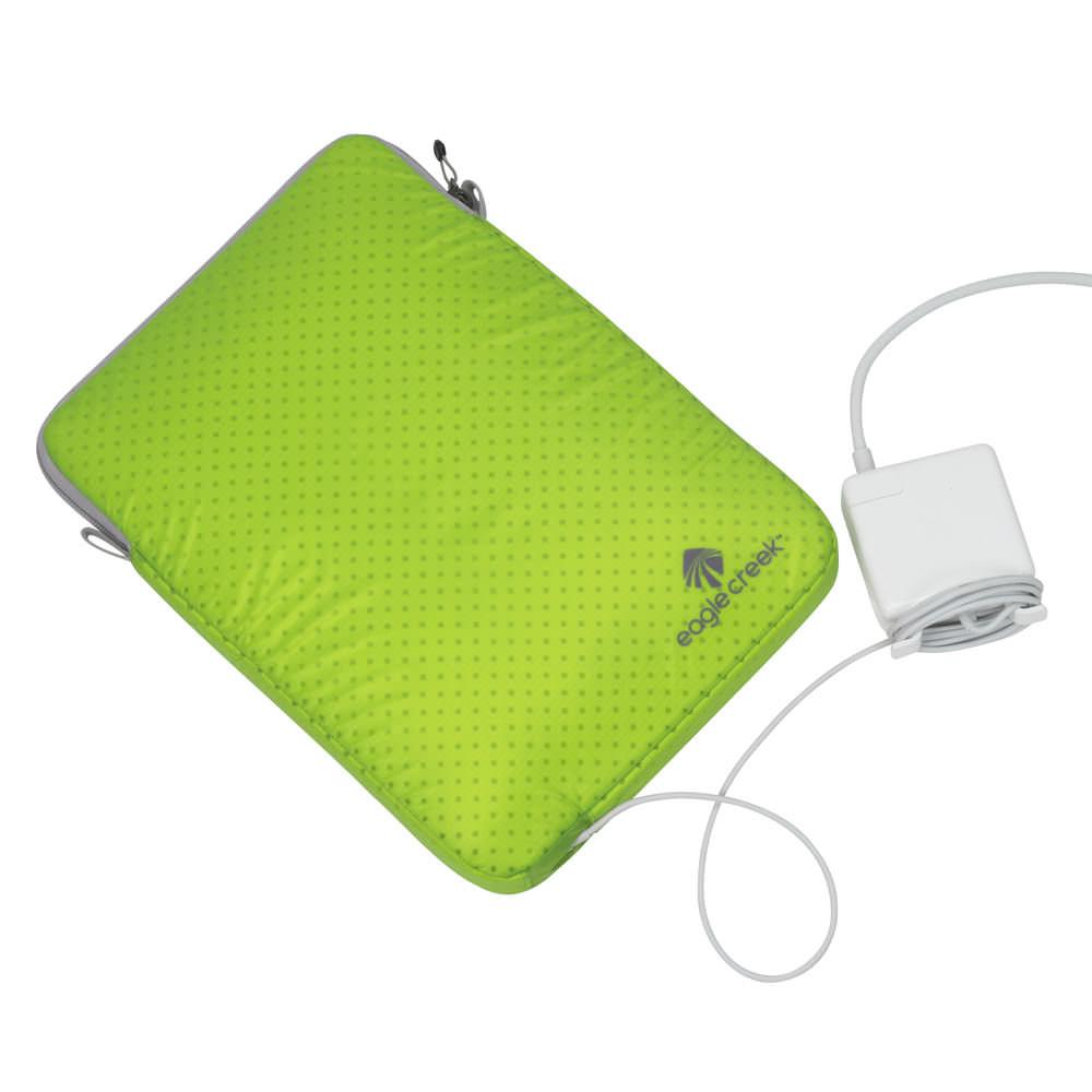 specter laptop esleeve 13 von eagle creek. Black Bedroom Furniture Sets. Home Design Ideas